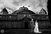 Black and White Wedding Photography / There is just something incredibly romantic, dramatic, mysterious and timeless about black and white wedding photography. We think it is a MUST to every wedding album to have a few dramatic black and white images included.