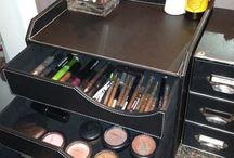 makeup organizers / makeup organizers