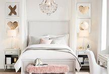 Tay bedroom