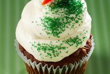 YUMMY Desserts!!! / by Darlene Marrero