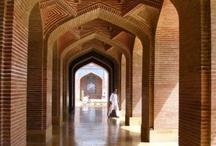 Pkistan Architecture / by Jamal Panhwar