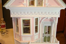 Casitas Miniatura.  Dollhouses.