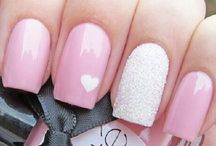 Nails and nail art ideas / Gel and acrylic nails, removing artificial nails, nail art and awesome colours + DIY