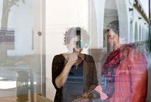 Casa't a casa / Joana Viñas i Gal·la Miserachs | Casa't a casa neix de l'amor per les coses ben fetes  i els moments únics, per la il·lusió de treballar perquè els dies especials siguin tal com els imaginen els nostres clients. Casa't a casa organitza, dissenya i produeix  casaments i esdeveniments de forma artesanal  i pròxima pera fer-ne una experiència inoblidable. www.casatacasa.cat