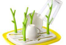 Suszarki do naczyń / Wykonane z pomysłem suszarki do naczyń w różnych kształtach.