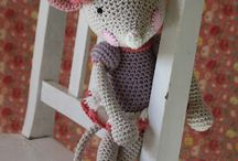 crochet mouse and bears and bunnys