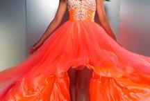Dresses!! / by Anna Schoof