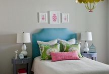 college bedroom / by Mollie Currid
