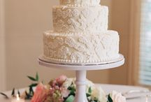 WEDDING CAKES / Weddings