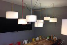Comedor industrial / Decoración y muebles de sala de una empresa para comer y reuniones.#decoracion
