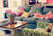 Living Room / by Dianne Hinojosa