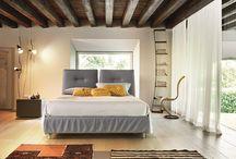 KOA Collection / Un'unica struttura letto che ha la possibilità di essere rivestita in cinque diversi abiti.