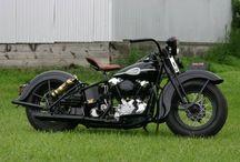 vintage Harley Davidson Motorcycles