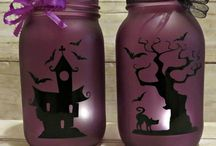 Halloween Ideas / All things Halloween, whether spooky or not! Ideas and inspiration for Halloween decorations and crafts / Halloween party ideas / Halloween recipes, food and drinks