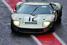 Supercars & luxury cars