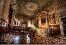 Chiesa di San Francesco della Vigna / San Francesco della Vigna is a Roman Catholic church in the Sestiere of Castello in Venice. The facade of the church was ultimately commissioned from Andrea Palladio (1562) by Giovanni Grimani.
