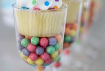 Muffin in cup