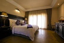 Hotel / Rooms on offer within the hotel: standard, deluxe and luxury rooms.