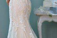 Syrenie suknie ślubne