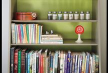 Books, Tabletops & Vignettes / by Claudia