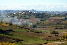 Il Piemonte in moto / Turismo e mototurismo lungo le strade della regione Piemonte. Paesaggi e tradizioni