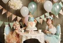 Balloon inspired kids party (girls)  / Balloons are IN.  Get inspired by this balloon themed party for girls.