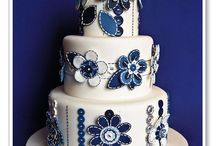 love that cake  / by Vivian Jaile