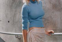 01 - Kristen Dunst