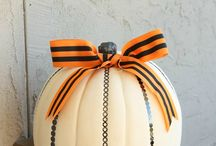 Black & Orange // The Crafting Chicks / Halloween is so fun and we love the Black & Orange color combo.  Here are some of our fav ideas using these spooky colors. / by The Crafting Chicks
