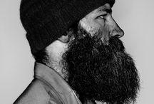 Nom d'une barbe ! / Chez Timberland Nantes on adore les belles barbes ! Appelez-les hipster, bûcherons, hippies ou tout ce que vous voudrez, on aimerait avoir la même ! Comme quoi, des poils et du style c'est possible !