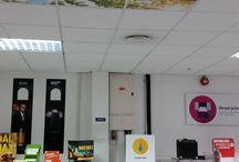 DIGITALNI TISAK VALOVITOG KARTONA / Krajem studenog, Fujifilm je u svojoj tvornici digitalnih boja u Engleskoj organizirao Corrugated Print Summit, na kojem je tvrtkama iz regije praktično predstavio mogućnosti inkjet tehnologije u tisku valovitog kartona. Kompletan proces pripreme i tisak na Onset X2 platformi sa automatskom manipulacijom materijala kao i dorade valovitog kartona, organiziran je tako, kako bi odgovarao realnim proizvodnim uvijetima.