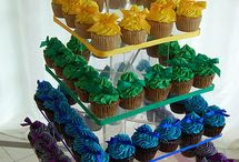 BAKING - Cakes, Cupcake & Cookie Decorating Ideas / by Cindy Peistrack