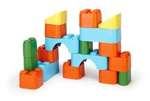 Play + Learn | eco toys / Play is our favourite way of learning. Play is a necessity. Let their imagination run wild!