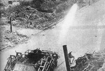 WW2 - SDKFZ 251/1 II WURFRAHMEN / 28/32 cm schwerer Wurfrahmen 40 – niemiecka wieloprowadnicowa wyrzutnia rakietowa z okresu IIWŚ, przeznaczona do montażu na pojazdach półgąsienicowych SdKfz 251