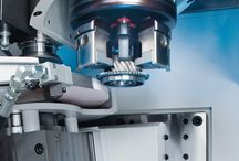 VLC 250 / The VLC 250 has been designed for the application of different manufacturing technologies. A high degree of flexibility and powerful technology modules ensure that the manufacture different workpieces remains cost effective. Whether the high chip removal volumes of turning and milling work are required or gentle grinding operations, the VLC 250 allows the application of almost any machining technology.