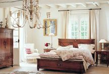 Bedrooms / by Lori Dietrich