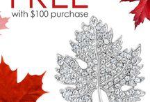 Summer Staples / Essential summer jewellery picks by Vivah.