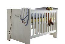 Babybett - Gestaltungsideen für das Babyzimmer / Du erwartest ein Baby? Wir haben 10 Gestaltungsideen für die Erstausstattung eines Babyzimmers mit Fokus auf das Babybett für dich zusammengestellt.
