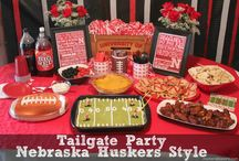 Saturdays with the 'Skers / Downtown Lincoln is one of the best places to tailgate on Saturdays. Find everything you need for the perfect tailgate here.