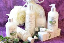 Gift Baskets, Sets and Totes / Great for gift giving!