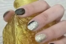 Melaniti christina / Nails