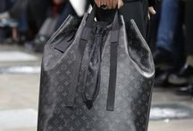 louis   vuitton exploer