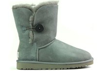 UGGS AT DISCOUNT PRICES / by Neil Singh