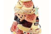 Interesting Cookie Jars / by Sandy Nierman