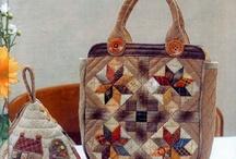 purses & totes / by Theresa Cammin