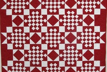 Two-color quilts / by Jandi Palmer Dean