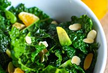 kale salad with oranges, almonds and avocado / kale salad with oranges, almonds and avocado