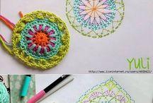 Flores de crochê, barrados e squares