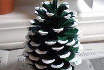 χριστουγεννα / Σε αυτον το πινακα μπορειτε να βρειτε διαφορες χειροποιητες κατασκευες
