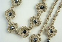 Bijou fil perle métal